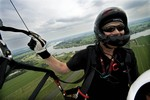 Paraglider Robert Be